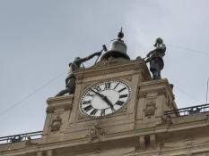 Buenos Aires clock