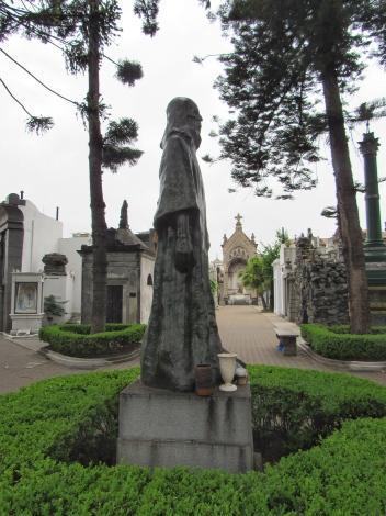 Recoleta cemetery 1