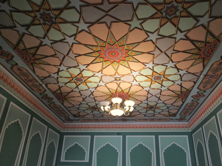Decorated ceiling in the Meros BnB guesthouse